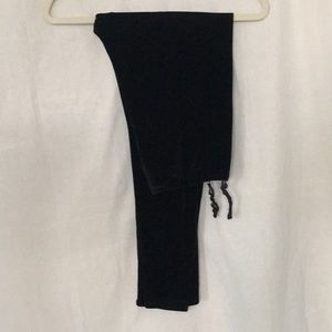 aDRESSing WOMAN black velvet velour leggings M